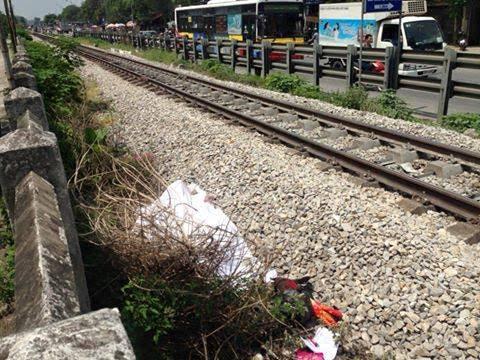 Hiện trường vụ tai nạn đường sắt khiến 1 người tử vong