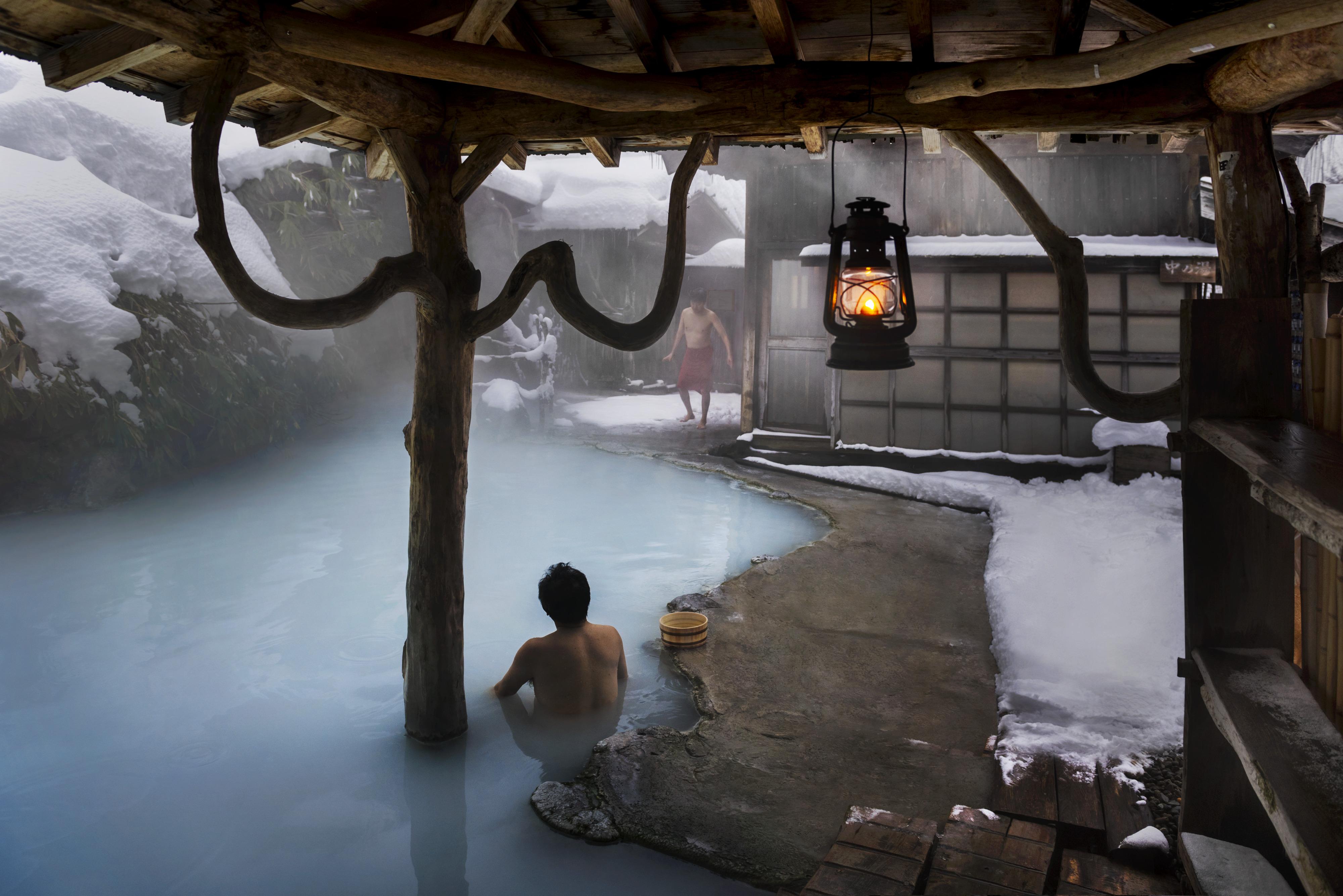 Khu nghỉ dưỡng Tsurunoyu. Ảnh: Steve McCurry