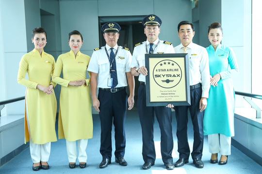 Vietnam Airlines vừa nhận chứng chỉ Hãng hàng không 4 sao từ tổ chức đánh giá các hãng hàng không độc lập SkyTrax