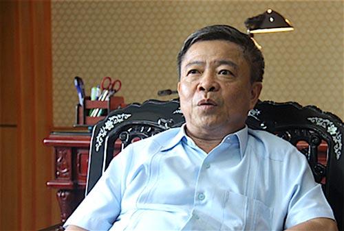 Ông Võ Kim Cự là người đặt bút ký văn bản cam kết cho Formosa thuê đất 70 năm