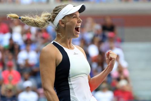 Caroline Wozniacki trên đường trở lại