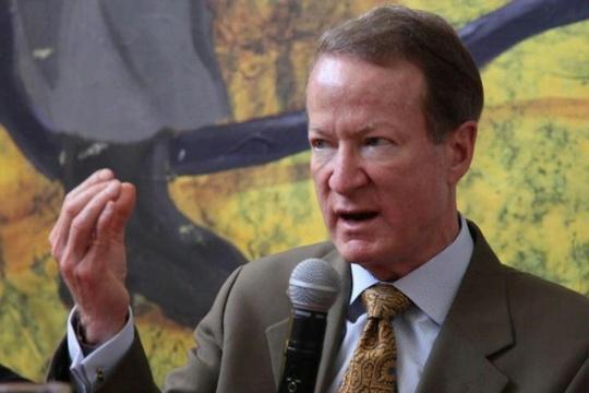 Trợ lý Ngoại trưởng Mỹ phụ trách Sáng kiến thực thi pháp luật và hợp tác phòng, chống ma túy quốc tế - William Brownfield. Ảnh: Bộ Ngoại giao Mỹ.