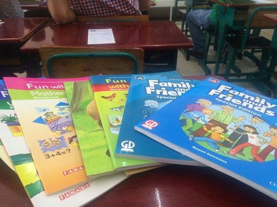 Sách giáo khoa tiếng anh lớp 2