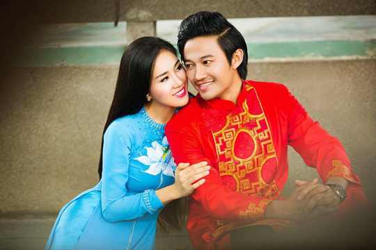 Lê Phương và Quý Bình duyên sáng trong bộ áo dài của NTK Minh Châu