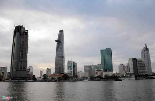 Công trình này dự kiến sẽ là tòa tháp cao thứ hai ở Sài Gòn sau Bitexco Financial Tower (68 tầng). Hiện Saigon One Tower đang cao thứ ba tại TP HCM, xếp sau Vietcombank Tower (206 m).