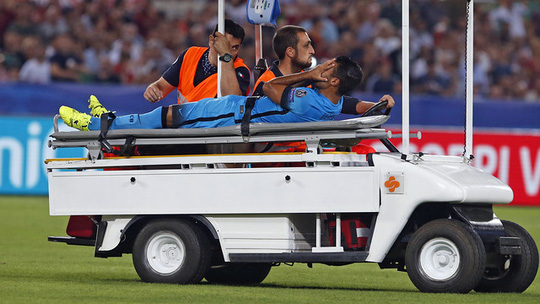 Đứt dây chằng gối, sao trẻ Barcelona nghỉ hết mùa giải