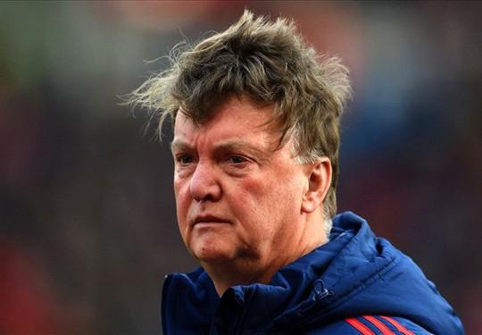 HLV thất thần sau trận thua Stoke City