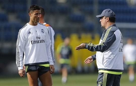 Có tin đồn mối quan hệ giữa Ronaldo và Benitez đang trở nên xấu