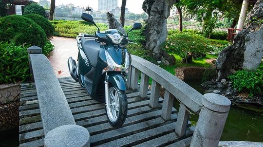 Vì sao người Việt mê Honda SH?