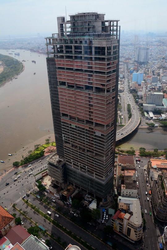 Nằm ngay góc đường Hàm Nghi - Tôn Đức Thắng - Võ Văn Kệt, quận 1, Saigon One Tower được xây dựng trên diện tích đất 6.672 m2.