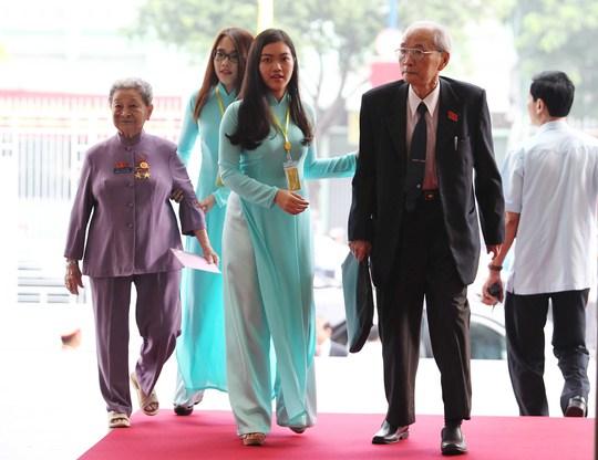 Những nụ cười trước giờ khai mạc Đại hội Đảng