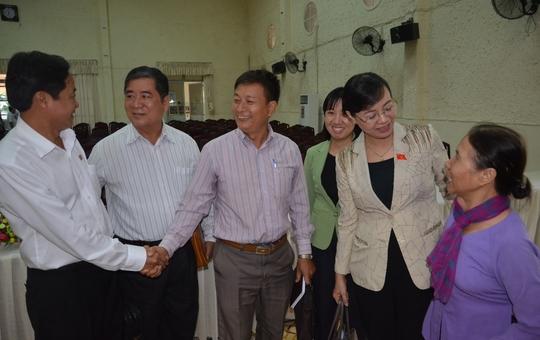 Chủ tịch HĐND TP HCM Nguyễn Thị Quyết Tâm tiếp xúc cử tri quận 9 trước kỳ họp thứ 20.