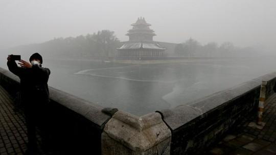 Bầu không khí tại Bắc Kinh ô nhiễm nặng nề. Ảnh:AP