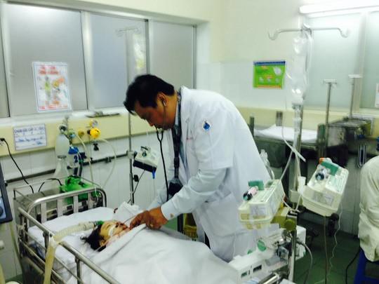 Cháu Quỳnh bị chấn thương sọ não, dập gan và đã không qua khỏi