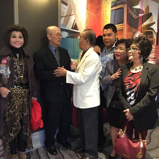Nghệ sĩ lão thành Văn Chung vui mừng gặp lại Diệp Lang