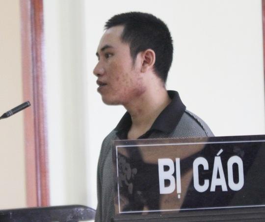 Bị cáo Huyên tại phiên tòa. Ảnh: Đức Ngọc