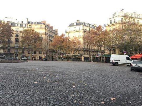 Ảnh chụp tại quận 16, Paris - Ảnh: Hồng Linh