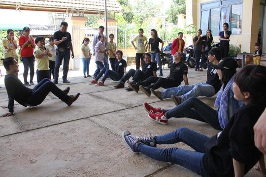 Nhiều người trẻ có việc làm ổn định và biết dành thời gian để làm công tác xã hộiẢnh: Hoàng Triều