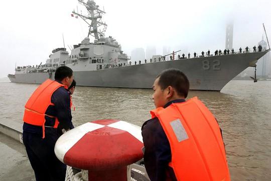 Tàu USS Lassen trong một lần cập cảng ở TP Thượng Hải - Trung Quốc Ảnh: AP