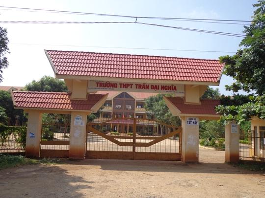 Trường THPT Trần Đại Nghĩa nơi hiệu trưởng có nhiều sai phạm