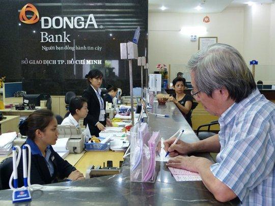 Hiện các ngân hàng lại phát đi tín hiệu cho thấy một chu kỳ tăng lãi suất mới đang diễn ra. Ảnh: Uyên Viễn