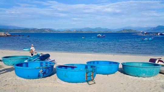Những hình ảnh quyến rũ khiến nhiều du khách phải đến thăm Bình Ba trước ngày đóng cửa du lịch