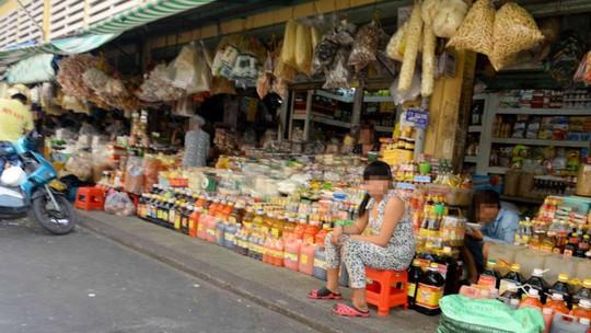 Một cửa hàng bán gia vị, trong đó hầu hết có xuất xứ từ Trung Quốc
