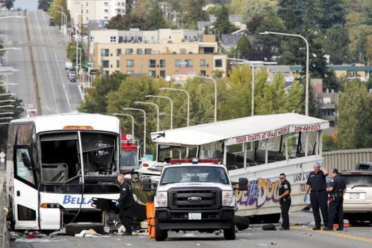 Hiện trường vụ tai nạn Ảnh: REUTERS
