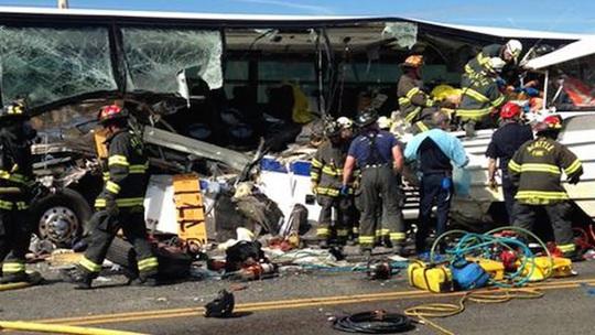 Cảnh sát cho biết có 4 người chết và 50 người bị thương. Ảnh: DPA