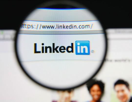 Đây không phải là lần đầu tiên nhiều tài khoản giả mạo trên LinkedIn xuất hiện đồng loạt. Ảnh Internet.