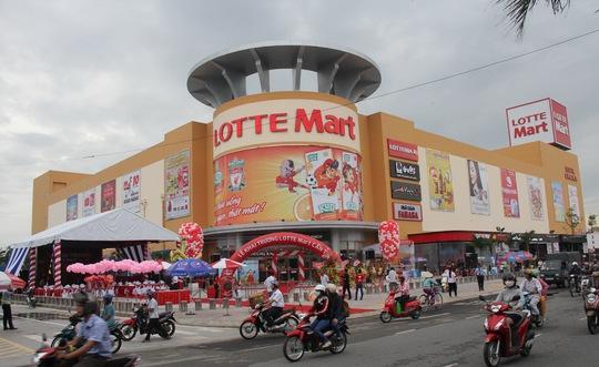 Lotte Mart Cần Thơ vừa chính thức khai trương hoạt động sáng 15-10.