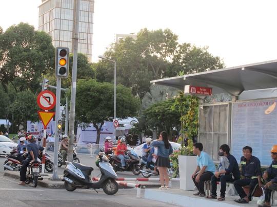 Khu vực chợ Bến Thành (quận 1, TP HCM) - nơi mẹ chị Hồng Nguyên đón nhầm gã tài xế xe ôm lừa đảo