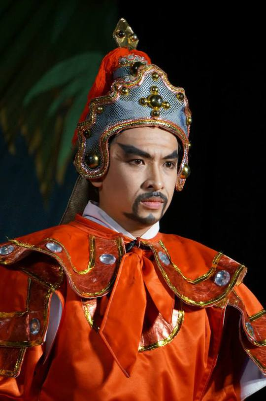 Huỳnh Quý trong vai Chiêu Thành Vương (vở Lá cờ thêu sáu chữ vàng)