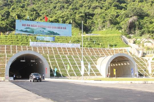 Thông xe kỹ thuật hầm đường bộ Cổ Mã