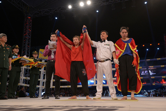 Ngũ Thị Tuyết (Nghệ An) chiến thắng