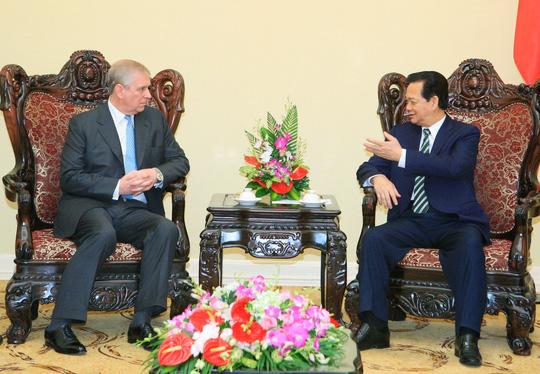 Thủ tướng Nguyễn Tấn Dũng tại buổi tiếp Hoàng tử Andrew Ảnh: Nhật Bắc