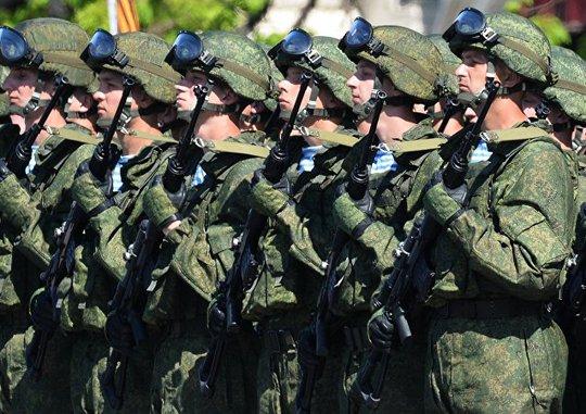 Bộ binh Nga tham gia diễu binh trên Quảng trường Đỏ mừng Ngày Chiến thắng. Ảnh: Sputnik