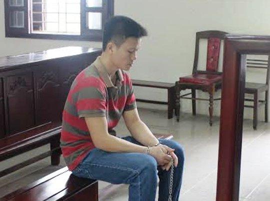Do bị bạn nói ra ngoài hay gái gú, Cao Văn Quyết đã chém chết bạn thân