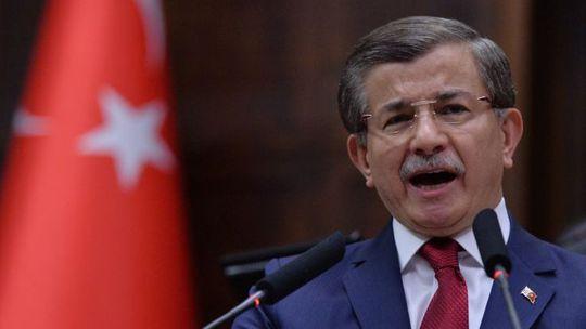 Thủ tướng Thổ Nhĩ Kỳ Ahmet Davutoglu. Ảnh: AP