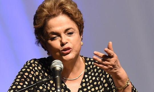 Tổng thống Dilma Rousseff bị đình chỉ chức vụ hôm 12-5. Ảnh: THE GUARDIAN
