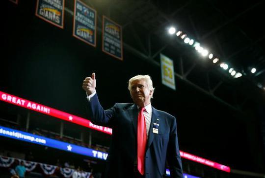 Ông Trump tại một sự kiện ở bang Florida hôm 3-8. Ảnh: REUTERS