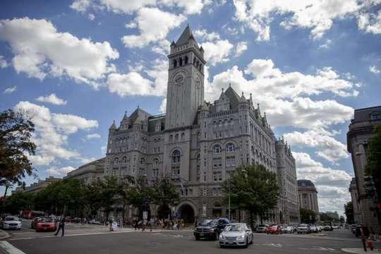 Khách sạn cách Nhà Trắng vài chục mét. Ảnh: EPA