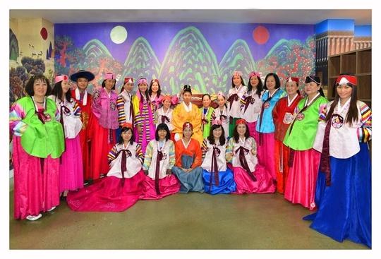 Đoàn khách của VietJetours tại Hàn Quốc - Ảnh: VietJetours