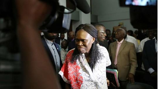 Phiên tòa xử Cựu đệ nhất phu nhân Bờ Biển Ngà Simone Gbagbo được an ninh bảo vệ nghiêm ngặt. Ảnh: Reuters
