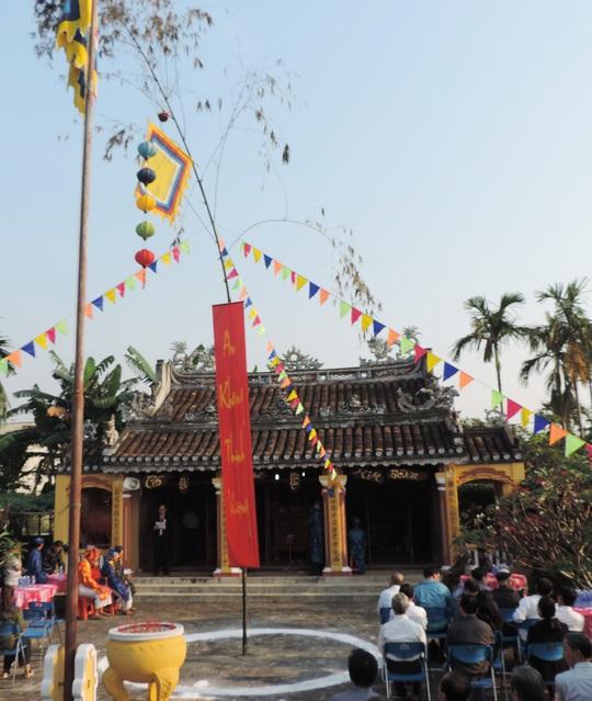 Đình làng nơi diễn ra lễ giỗ tổ nghề mộc Kim Bồng.