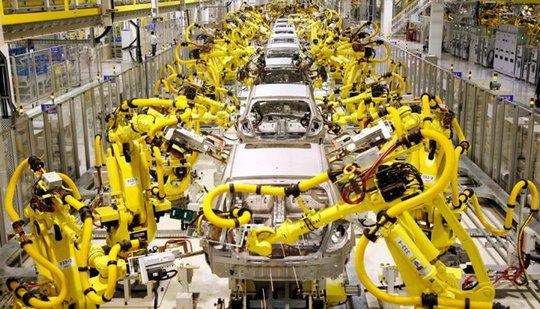 Hệ thống robot lắp ráp xe hơi của Hãng Huyndai - Ảnh: ROBOTHUB