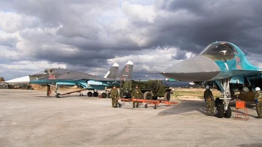 Các chiến đấu cơ của Nga đóng tại căn cứ Hemeimeem có thể vươn tới bất cứ vị trí nào ở Syria trong vòng nửa giờ, thế nên không cần thiết phải xây dựng thêm căn cứ mới. Ảnh: AP