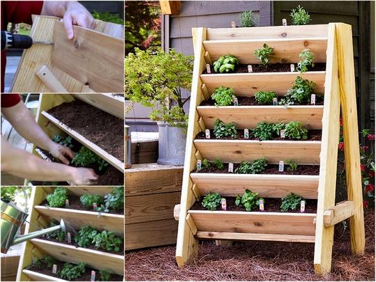 Kiểu khay chân đứng đẹp mắt chắc chắn sẽ khiến bạn mãn nguyện mỗi lúc nhìn vườn rau nhỏ do chính tay mình chăm sóc bây lâu.