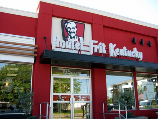 Tuy nhiên, tại Quebec, Canada, thương hiệu này lại có tên là PFK. Cơ quan giám sát ngôn ngữ Quebec yêu cầu tên của các công ty trong khu vực phải được đặt bằng tiếng Pháp. Tuy nhiên, không phải tất cả các công ty đều làm vậy.