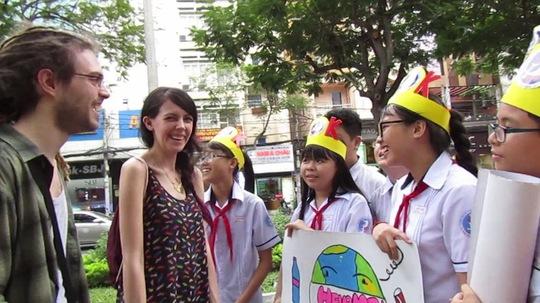 Học sinh của cô giáo Phương Uyên trong giờ học thực tế. (Ảnh do nhân vật cung cấp)
